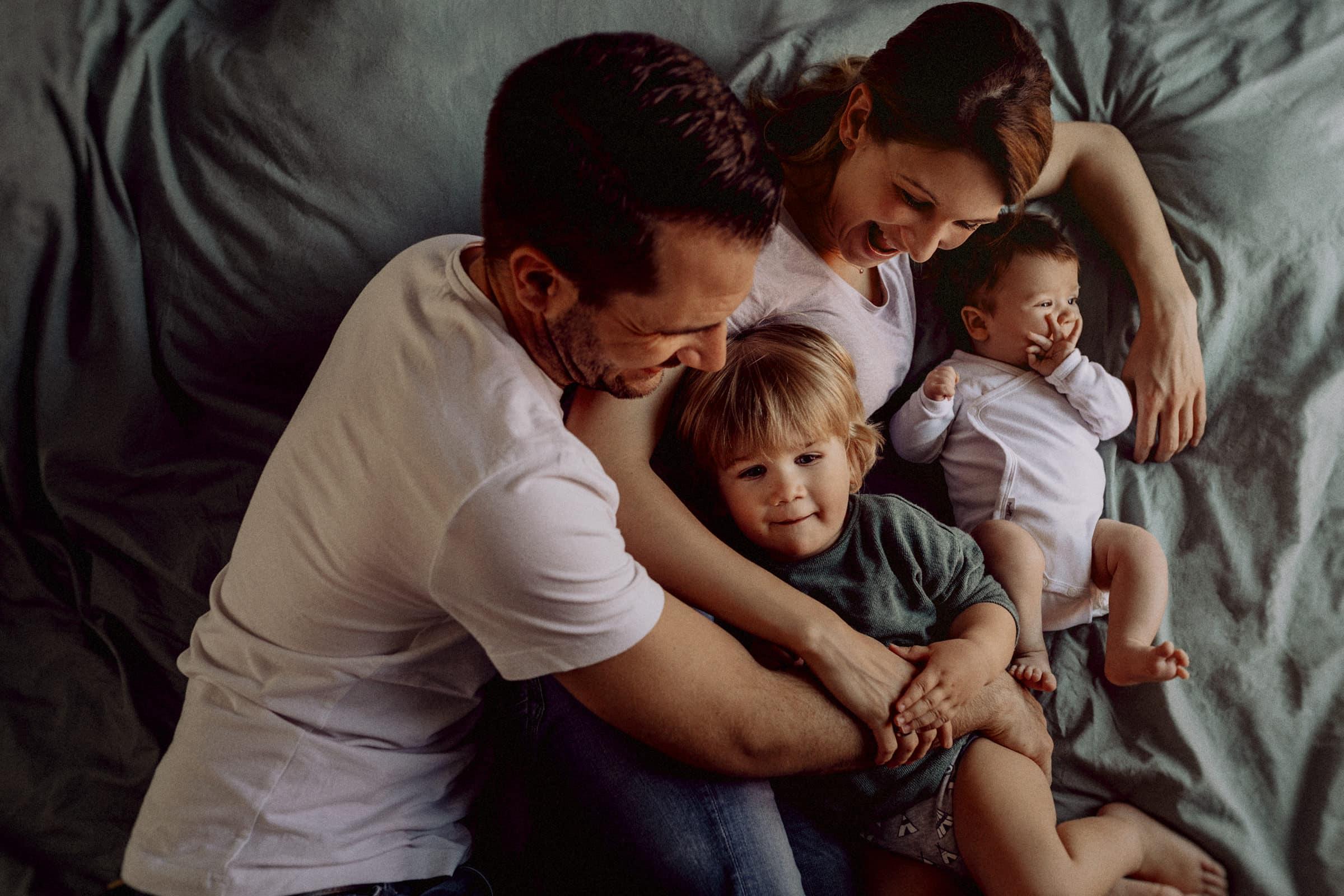 Familienbilder zu Hause
